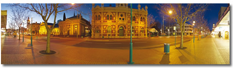 Albury at night